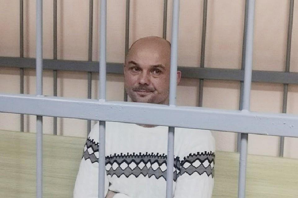 Деньги на поездку с сыновьями в Москву украл: Отца, бросившего детей в Шереметьево, требуют ограничить в родительских правах