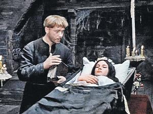 Варлей пожалела, что снялась в «Вие», а Куравлев - нет.
